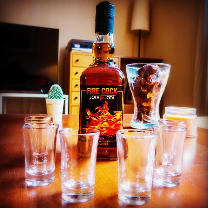 whisky-canela-chili-fire-cock-barato.jpg